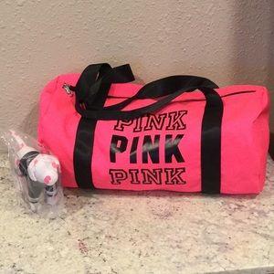 PINK duffle bag & RAMs VS dog